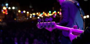 magenta-guitar-neck630.jpg